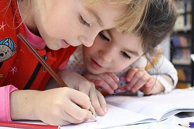 4 trucchi per far svolgere i compiti ai bambini